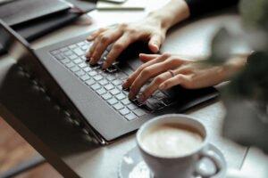 Telemunca - modalități de eficientizare a muncii de acasă